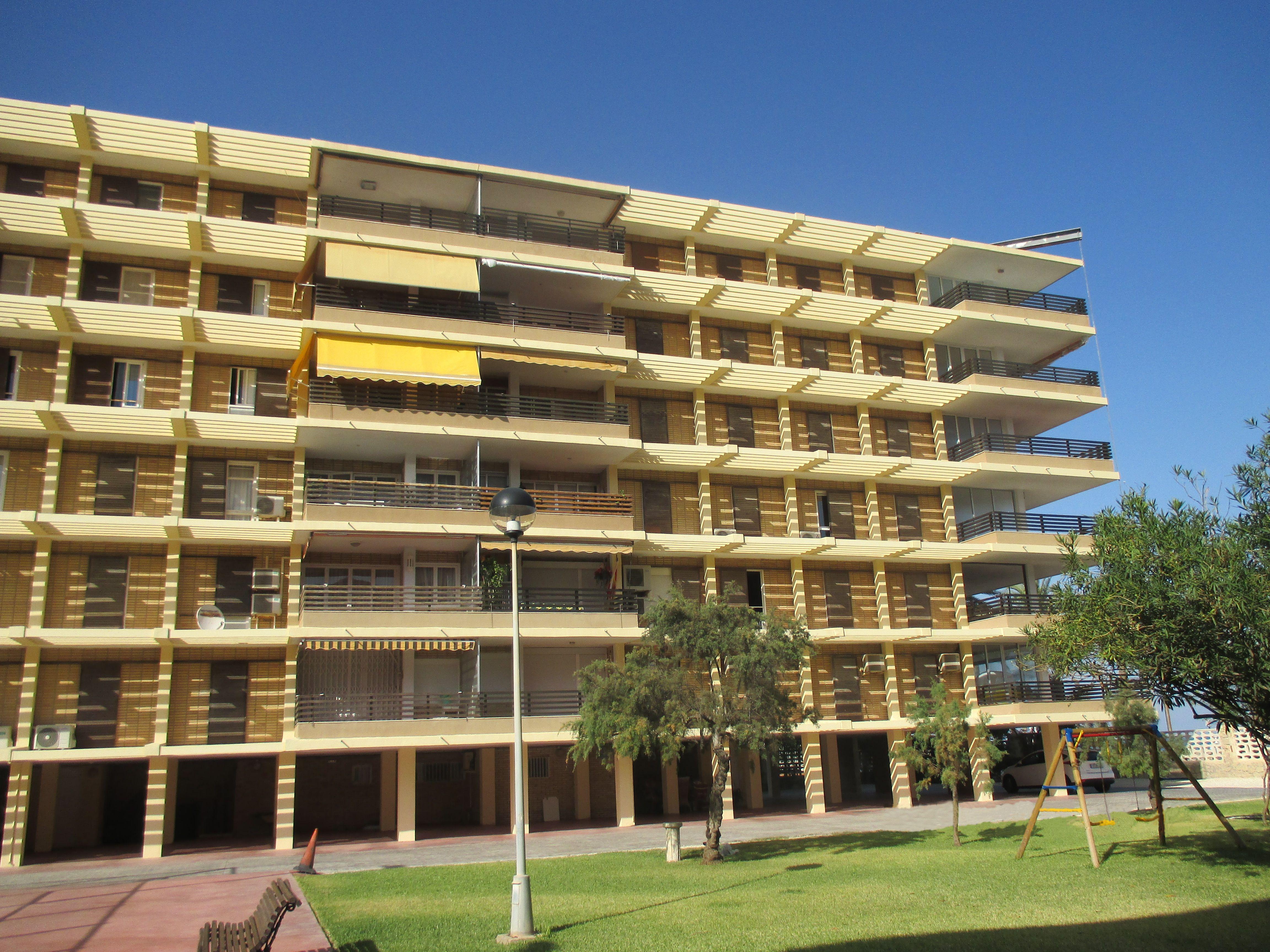 Rehabilitación Edificio de Viviendas Alhambra (Alicante)