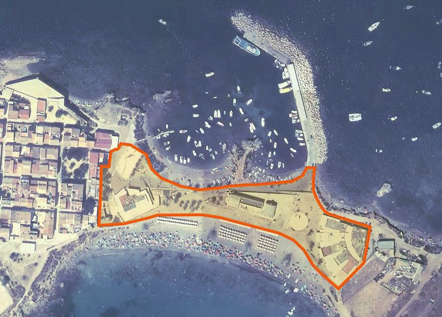 Centro de servicios del Istmo Isla de Tabarca